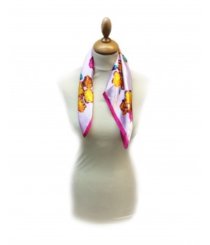 Foulard motifs floraux