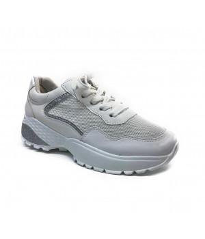 Sneakers April