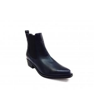 Boots Miléna